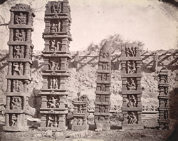 Sculptured pillars from Baijnath. 1003448